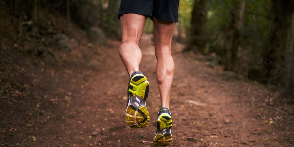 runner with big calf muscles